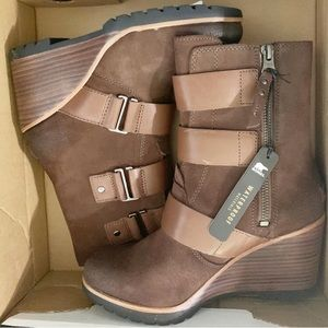 Sorel after hours bootie *NWT*